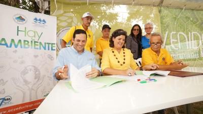 Firman acuerdo Bosque urbano Los Filtros Guaynabo