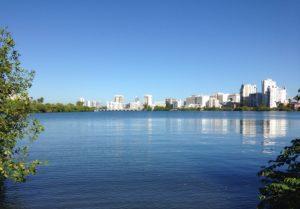Laguna del Condado, Zona Costanera